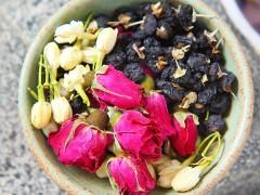 黑枸杞玫瑰花茶的禁忌—进来预防一下