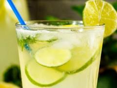 柠檬茶的功效与禁忌有哪些,小小柠檬水有大大的学问