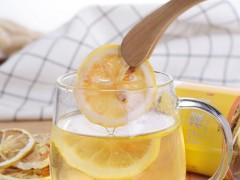 柠檬茶应该怎么泡才好喝,三个步骤在家轻轻松松做出好喝的柠檬茶